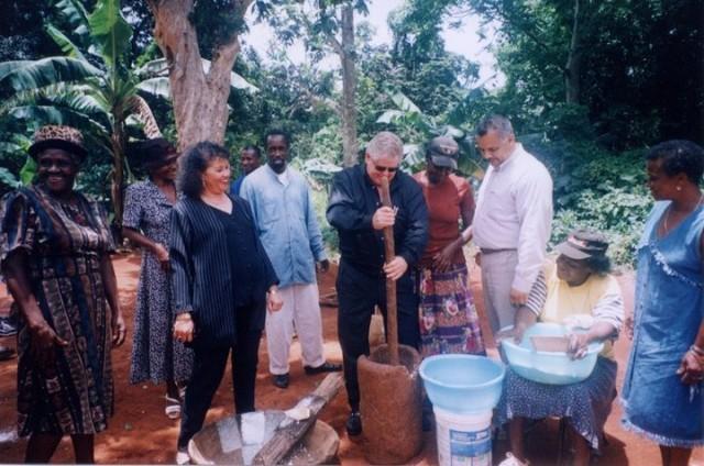 Resource-Village-Bammy-making-with-Butch-Stewart